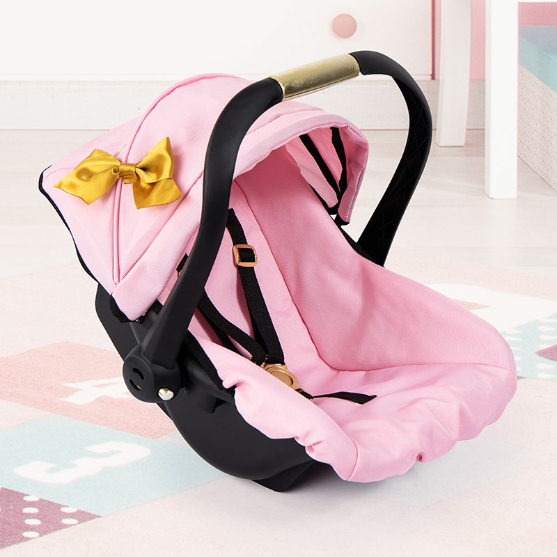 Car seat with hood