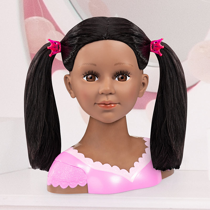 Charlene Super Model Hairstylist une nouvelle coiffure tous les jours