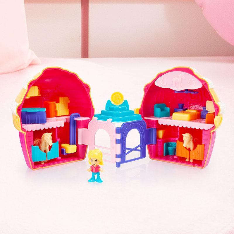 Anna Petit Cup Cake Pferde geöffnet