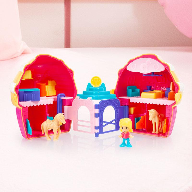 Anna Petit Cup Cake Pferde mit vielen beweglichen Details