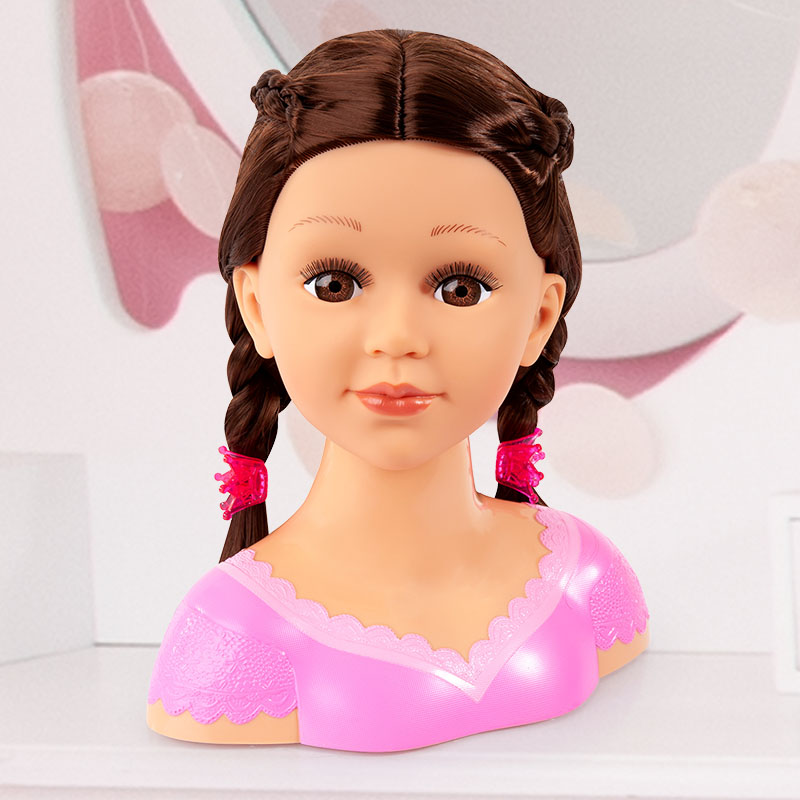 Charlene Super Model Frisur mit Zopf