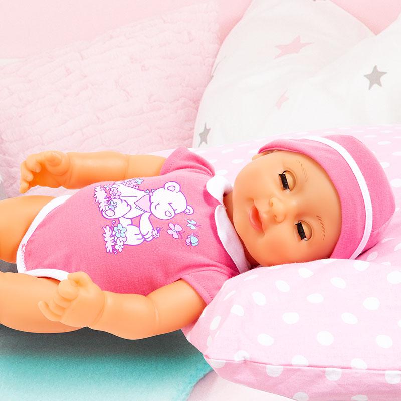 Piccolina Newborn Baby schließt ihre Augen wenn sie müde wird