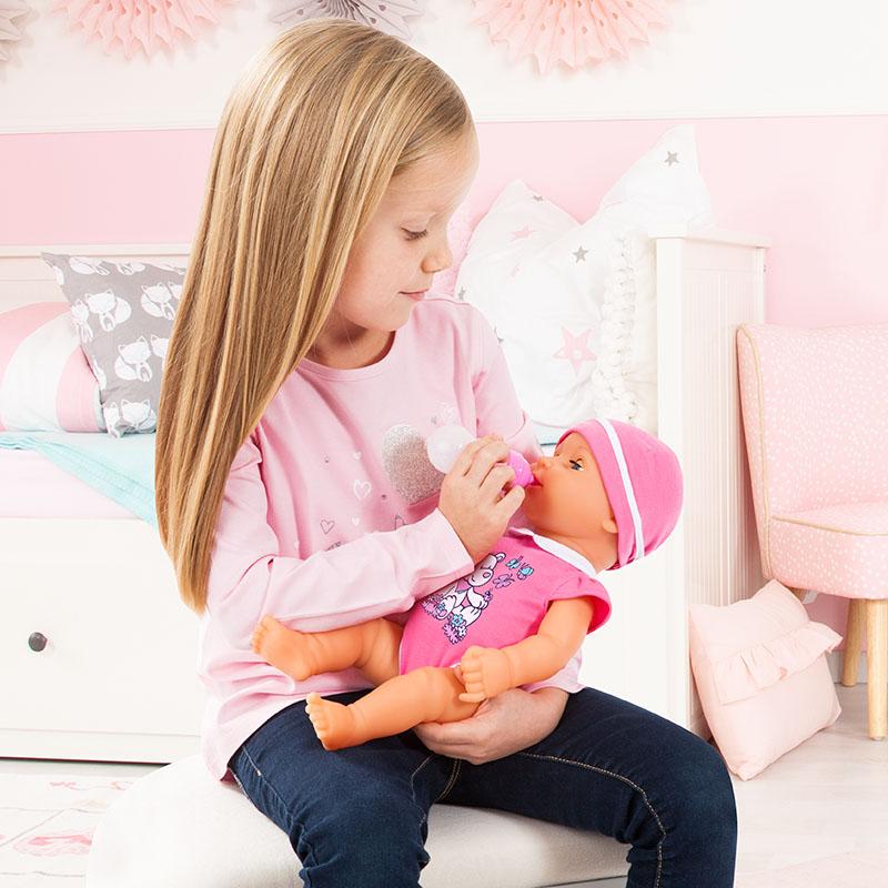 Piccolina Newborn Baby kann mit Wasser gefüttert werden